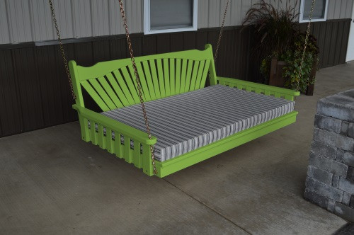 4' Fanback Yellow Pine Swingbed - Lime Green w/ Cushion