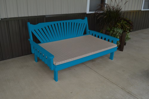 4' Fanback Yellow Pine Daybed - Caribbean Blue w/ Cushion