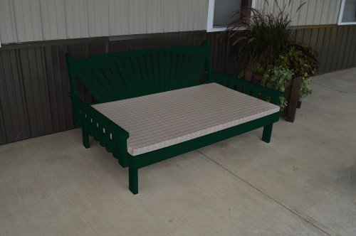 6' Fanback Yellow Pine Daybed - Dark Green w/ Cushion