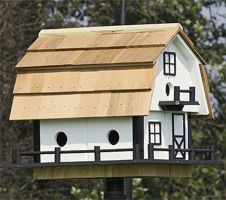 Small Barn Martin Birdhouse