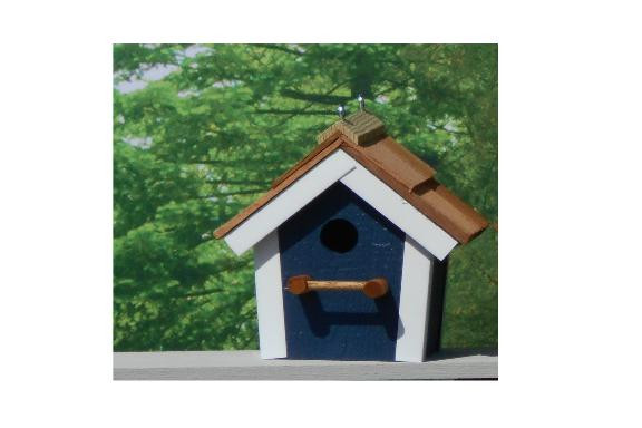 Cedar Roof Birdhouse - Navy & White
