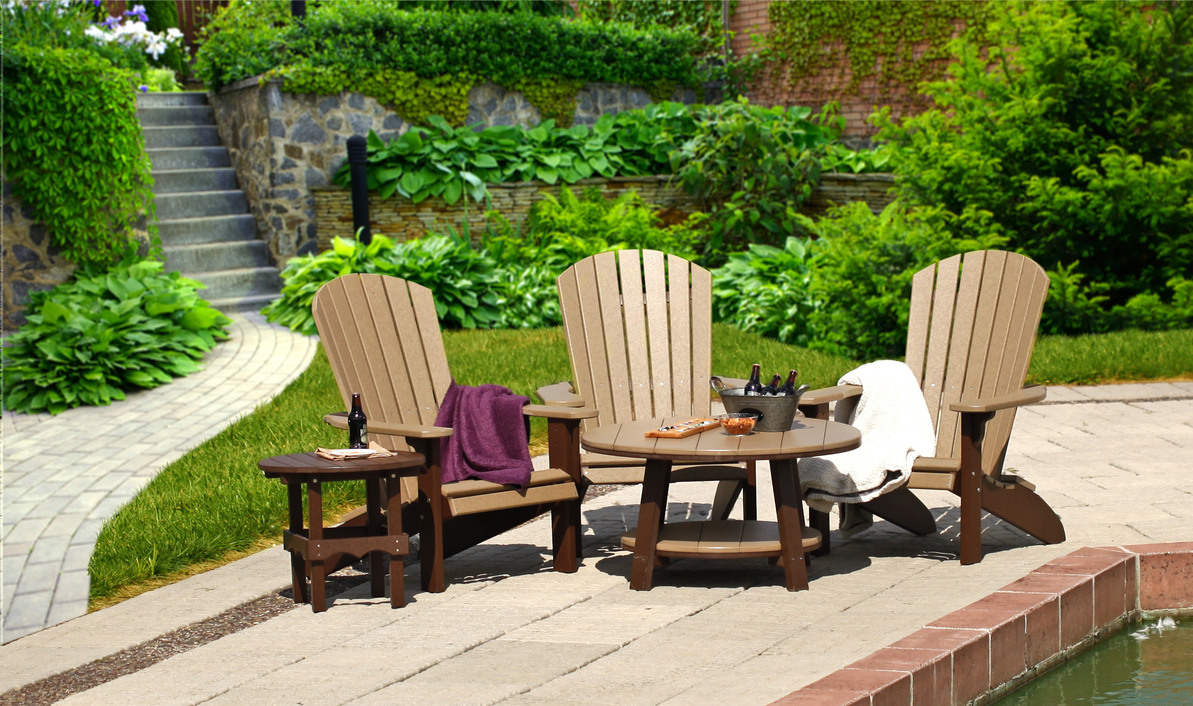 Poly Conversation Table - Weatherwood & Brown (Fanback Chairs sold separately)
