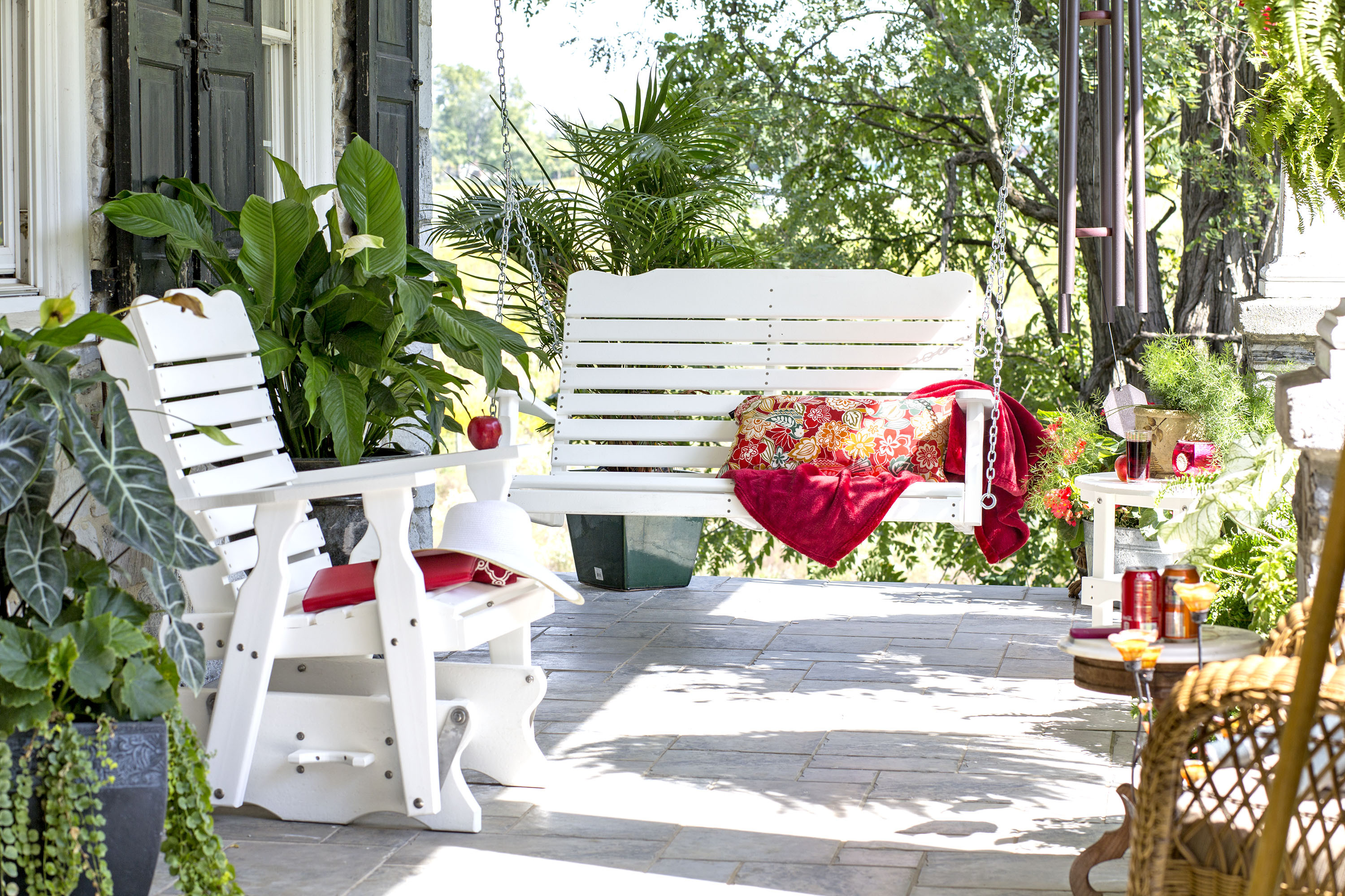 4' Curve Back Porch Swing - White