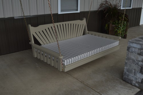 4' Fanback Yellow Pine Swingbed - Olive Gray w/ Cushion