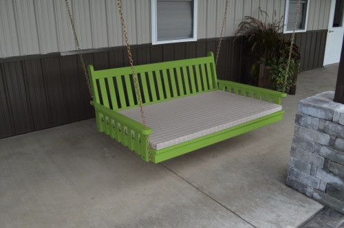 5' Traditional English Yellow Pine Swingbed - Lime Green w/ Cushion
