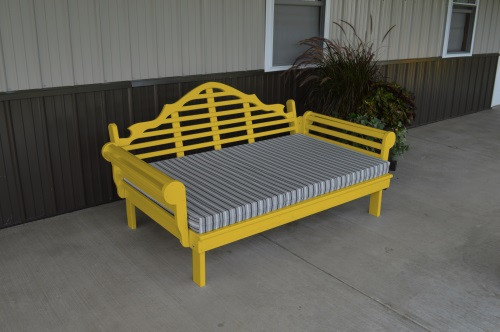 6' Marlboro Yellow Pine Daybed - Canary Yellow w/ Cushion