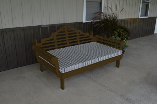 6' Marlboro Yellow Pine Daybed - Coffee w/ Cushion