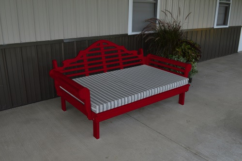 6' Marlboro Yellow Pine Daybed - Tractor Red w/ Cushion