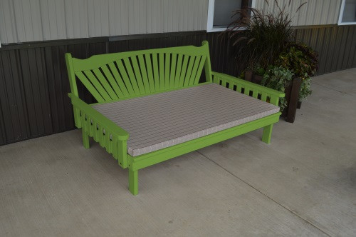 6' Fanback Yellow Pine Daybed - Lime Green w/ Cushion