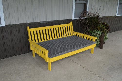 4' Traditional Yellow Pine Daybed - Canary Yellow w/ Cushion