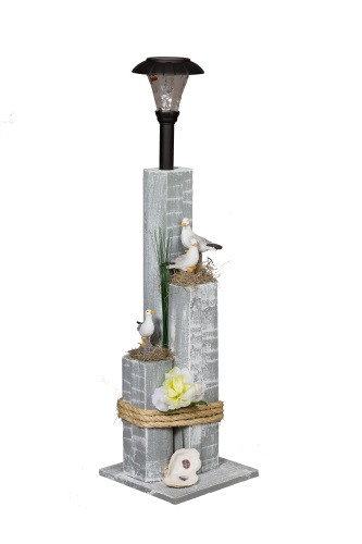 Sea Gull Family Nautical Solar Post